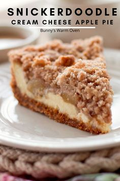 Snickerdoodle Cream Cheese Apple Pie is to die for! It takes so many fun combinations and makes this a fun dessert that gets everyone at the party talking about it! Apple Pie Recipes, Apple Desserts, Fall Desserts, Apple Pies, Christmas Desserts, Apple Pie Bars, Easy Recipes, Cream Cheese Apple Pie Recipe, Cream Cheese Pie