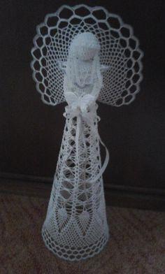 Crochet Angel Pattern, Plant Hanger, Angeles, Elephant, Christmas Decorations, Holidays, Embroidery Hearts, Dot Patterns, Amigurumi