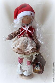 Человечки ручной работы. Ярмарка Мастеров - ручная работа Текстильная кукла MAGDA. Handmade.