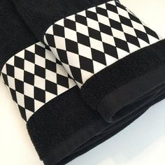 August Ave on Etsy Bath Towels hand towels bath towels black and white harlequin diamond AugustAve Best Bath Towels, Bath Towel Sets, Dish Towel Crafts, Harlequin Fabrics, Black Bath, Black Towels, Kitchen Hand Towels, Cotton Towels, Custom Fabric