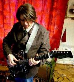 Will Sergeant - one of the best guitar players out there <3