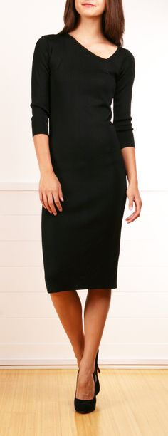 Love this neckline. This is one of those dresses you could wear over and over and over and over.