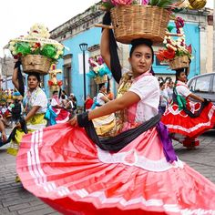 The Culture and Customs of Mexico - National days and Festivals