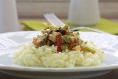 Kineska piletina iz woka Risotto, Grains, Rice, Ethnic Recipes, Food, Meal, Eten, Meals, Jim Rice