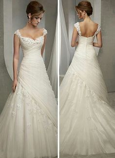 Front and Back Beautiful Wedding Gowns, Elegant Wedding, Wedding Beauty, Dream Wedding Dresses, Bridal Dresses, Perfect Wedding, Bridesmaid Dresses, Wedding Events, Wedding Attire