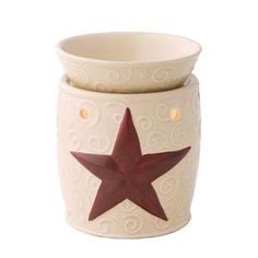 Rustic Star Scentsy Warmer DELUXE - A perfect accent for a Western-styled home, Rustic Star features a high-gloss cream base and lid with beautiful embossed scrolls throughout, and a perfectly-placed, scarlet-red embossed star. Candle Wax Warmer, Rest, Wax Warmers, Kitchen Themes, Kitchen Ideas, Scented Wax, Western Decor, Country Decor, My Living Room