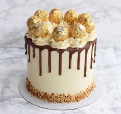 Hello there ferrero rocher cake 😍 Torta Ferrero Rocher, Fererro Rocher Cake, 21st Birthday Cakes, Birthday Cake For Mother, Simple Cake Designs, Hazelnut Cake, Chocolate Drip, Drip Cakes, Occasion Cakes