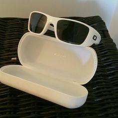 0b5f1a40e7 Oakley sunglasses Fuel cell white sunglasses
