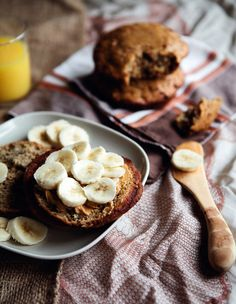 banana muffin tops with steel-cut oatmeal