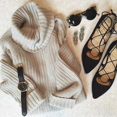 Taylor Tanner @lovetaylormack Instagram photos | Websta A Spoonful Of Style, Style Inspiration, Sweaters, Sunday, Ootd, Instagram, Photos, Fashion, Moda