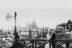 Winter elopement in Venice photography bride groom black white p