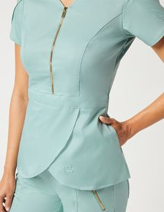 Tulip Top in Estate Navy Blue is a contemporary addition to women's medical scrub outfits. Shop Jaanuu for scrubs, lab coats and other medical apparel. Cute Nursing Scrubs, Cute Scrubs, Nursing Clothes, Scrubs Outfit, Scrubs Uniform, Spa Uniform, Stylish Scrubs, Navy Blue Scrubs, Medical Uniforms