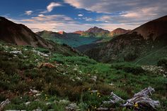 Image of the Elk Mountain between Crested Butte and Aspen, CO.