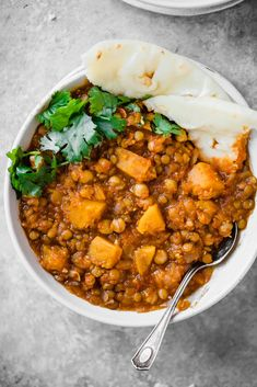 A healthy lentil moroccan stew made with chickpeas, butternut squash, and lentils! You'll love this filling vegetarian meal! A healthy moroccan-spiced vegetarian stew made with chickpeas, butternut squash, and lentils! You'll love this filling meal! Veggie Recipes, Indian Food Recipes, Whole Food Recipes, Soup Recipes, Vegetarian Recipes, Cooking Recipes, Healthy Recipes, Vegetarian Stew, Vegan Butternut Squash Recipes