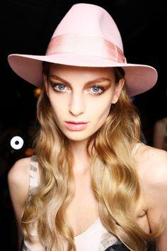 This Season's Hottest Makeup Trends at Rosemount Australian Fashion Week! | Glam Adelaide