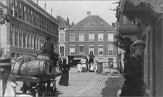 1890 - De Riemerstraat,  gezien naar de Piet Heinstraat.