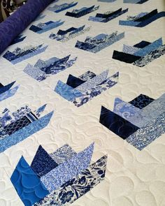 "96 Likes, 2 Comments - Jemima's Creative Quilting (@jemimas_creative_quilting) on Instagram: ""A beautiful blue jelly roll quilt by Paula D!"""