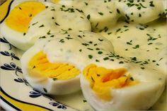 Receta fácil y rápida para preparar unos huevos a la mostaza deliciosos con pocas calorías, que te ayude a bajar de peso llevando una dieta sana.