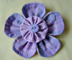 flor de fuxico azul