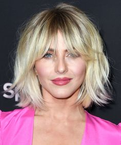 7 Ways to Wear a Shag Haircut With Bangs Haircuts For Long Hair, Short Hairstyles For Women, Hairstyles With Bangs, Beach Hairstyles, Men's Hairstyle, Formal Hairstyles, Ponytail Hairstyles, Short Haircuts, Chanel Corte