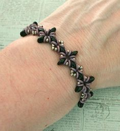 Linda's Crafty Inspirations: Oh My Stars Bracelet in Two Colorways