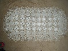Ravelry: Daisy Pineapple tablecloth #7859 pattern by The Spool Cotton Company