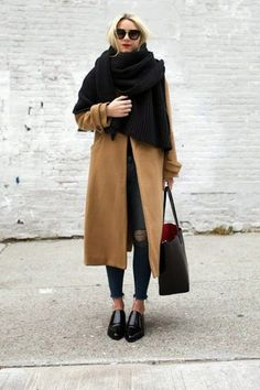 15 Wardrobe Essentials for Winter / fashion / street style / outfit inspiration / Looks Street Style, Looks Style, Style Me, Trendy Style, Black Style, Large Black, Fashion Me Now, Look Fashion, Teen Fashion