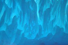 Time to change your desktop wallpaper? Kilometres of blue in the white-sanded Bahamas / OK c'est le moment de changer de fond d'écran: la mer des Bahamas et son sable blanc nous offrent ces kilomètres de dégradé de bleu #ESA #astronaut #view #nature #water #blue #bahamas #earth #earthpics #earthfromabove #earthfromspace #space #instaspace #ISS #expedition51 #mission #proxima