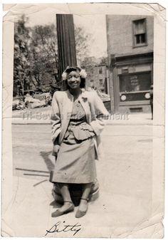 1948 Vintage Cute African-American Pretty Teenager Photo Black Americana People • $10.51