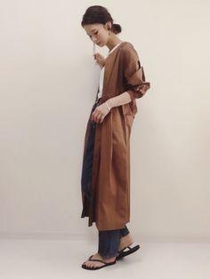 予約していたシャツワンピ♪ 前後にタックが入っていて、立体的な形が凄く可愛いです♡ ワンピで着ても Japanese Style, Japanese Girl, Spring Looks, Fashion Beauty, Normcore, 2way, Denim, How To Wear, Outfits
