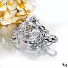Studio Silversmiths Crystal Turtle Candy Box | Turtle is friendly symbol on #Tybee Island, GA USA