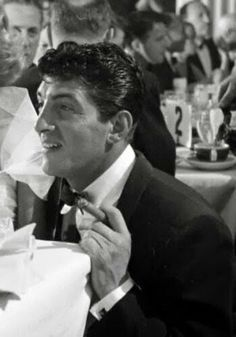 "Dean Martin on the set of ""The Stooge"" talking to Jeanne"