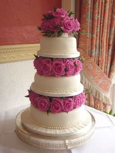 What Flowers DO Work on Cakes? :  wedding cake flowers wedding cake flower ?bb Attachments=1245437=158456