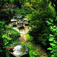 Beautiful Garden Path - garden designs at ourtrendyhome.com!
