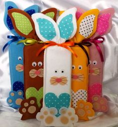 Decorating tips for Easter Bunny Crafts, Felt Crafts, Easter Crafts, Crafts For Kids, Diy Crafts, Easter Art, Easter Bunny, Diy Bags Patterns, Creative Gift Wrapping
