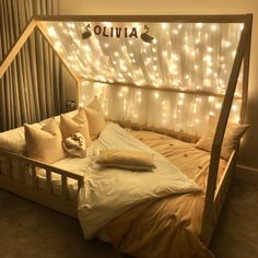 Little girl's fairy light house bed with tulle roof - cosy kids room idea! Girl Bedroom Designs, Room Ideas Bedroom, Baby Room Decor, Girls Bedroom, Bedroom Decor, Cosy Bedroom, Toddler Bedroom Sets, Toddler Rooms, Toddler House Bed