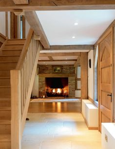 Oakwrights village homes gallery - traditional post and beam Country Cottage Interiors, Country House Interior, Country Homes, Pole Barn House Plans, Pole Barn Homes, Metal Building Homes, Building A House, Loft Design, House Design