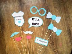 Accesorii foto realizate din carton colorat personalizate cu elemente de petrecerebaby shower / botez baieti  Setul contine cele 10 props-uri din imagine. Baby Shower, Boutique, Party, Babyshower, Parties, Baby Showers, Boutiques