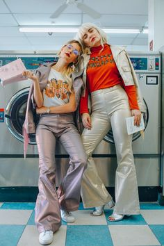 Dazey Ladies - Brave Babe - Pretty Powerful - Metallic Pants and Jacket - Red Lipstick - Vintage Sunglasses - Women's Fashion - Fashion and Lifestyle Photography - Laundromat - Graphic Tee Feminist Fashion Shoot, Editorial Fashion, Fashion Fashion, Fashion Women, Slow Fashion, Urban Fashion, Street Fashion, High Fashion, Photography Women