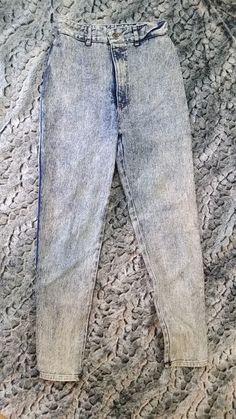 Retro 1980 s Acid Wash Jeans High Waist Skinny Peg Leg Women s sz 9-10  XCEPTIONS MOM jeans Stone Wash Denim in excellent vintage condition e7565212c8