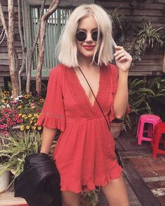 Style Fille Cool, Cool Girl Style, Holiday Outfits, Summer Outfits, Short Platinum Blonde Hair, Laura Jade Stone, Girl Fashion, Fashion Outfits, Swag Fashion