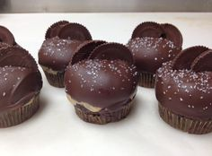 Yum... I'd Pinch That! | Reese Cup Cupcakes (Buckeye Cupcakes)
