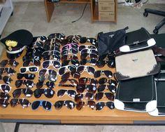 Pisa, sequestrati oltre 2000 occhiali da sole - http://www.wdonna.it/pisa-sequestrati-occhiali-da-sole/63161?utm_source=PN&utm_medium=WDonna.it&utm_campaign=63161
