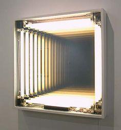 espejo infinito  (Ivan Navarro)