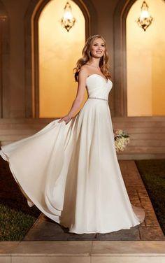 6151 Breathtaking Wedding Dress by Stella York