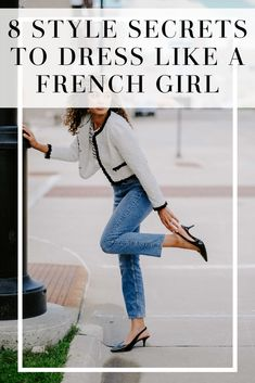 French girls always know how to look chic without trying too hard.what's the secret? This post reveals all and gives you tons of french girl style tips and ways to look chic! style Tips on French Girl Style Fashion Secrets You Should Know! French Fashion, European Fashion, Look Fashion, Girl Fashion, Fashion Style Tips, Women's Style Tips, Timeless Fashion, Style Ideas, French Women Style