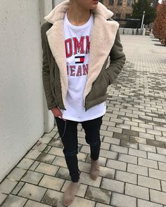 Style by @nicohe18 Via @streetfitsgallery Yes or no? Follow @mensfashion_guide for dope fashion posts! #mensguides #mensfashion_guide