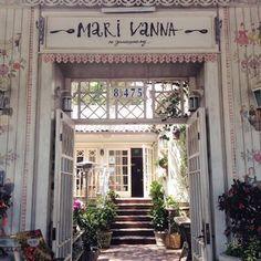 Mari Vanna LA - Mari Vanna entrance - West Hollywood, CA, United States