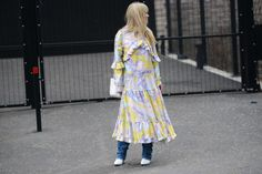 - Layering dresses over pants - More #streetstyle on www.thestreetmuse.it