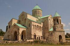 Catedral de Bagrati y monasterio de Gelati  Imereti Georgia.